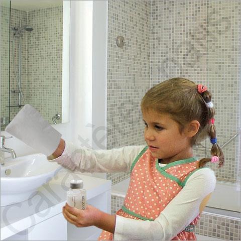 gant de toilette sp cial enfant. Black Bedroom Furniture Sets. Home Design Ideas